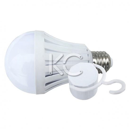 Лампа светодиодная (аварийная) А70-7W-6000K-600Lm-E27-КС